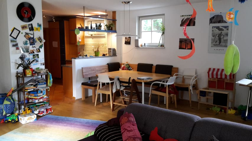 Family-stay in the green surroundings of Innsbruck - Absam - Wohnung