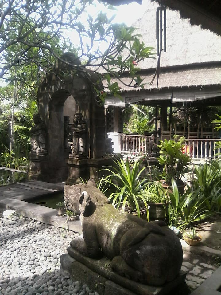 Apartment,villa, traditional bali