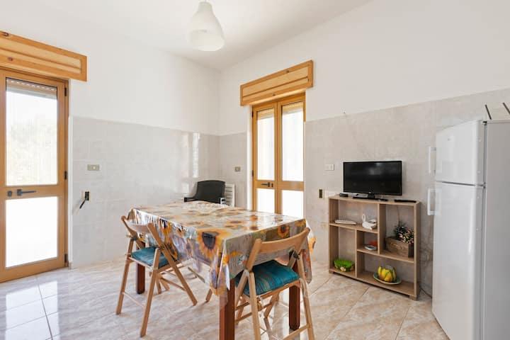 Alluring Villa in Salve - Pescoluse near the Sea beach