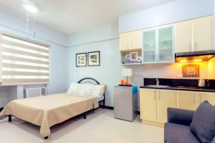 Morgan Suite @ Mckinley Hill Taguig Free WiFi (8)
