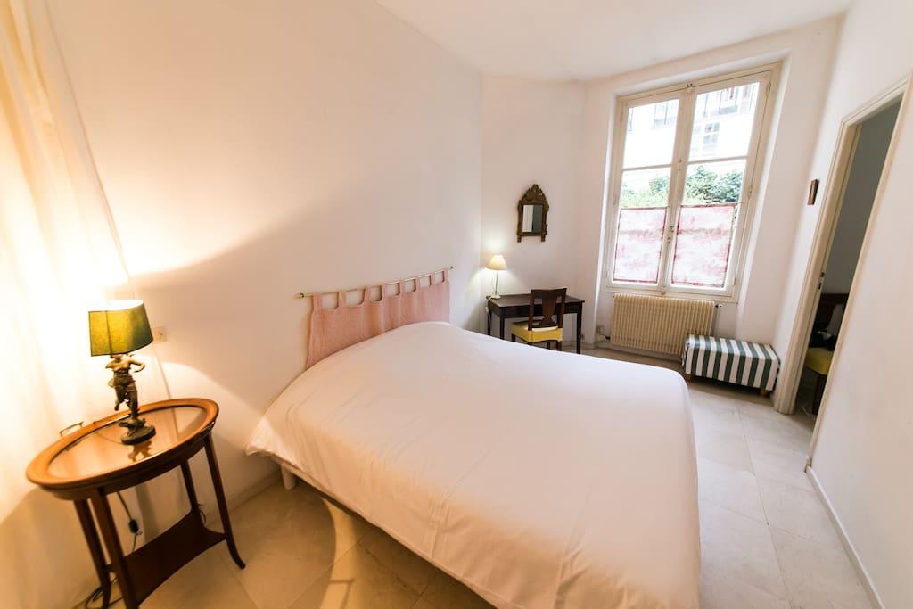 Chambre/Habitacion/ Bedroom