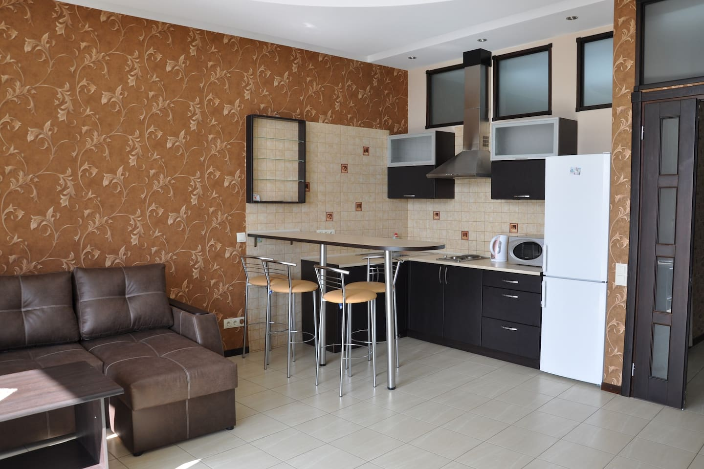 Living room and kitchen, pull out couch