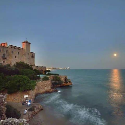 Apart. 2 Hab.(5pers)PLAYA LA MORA - Tarragona - Byt