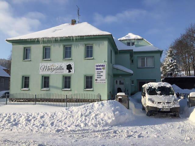 penzion Marzebilla - Pernink - House