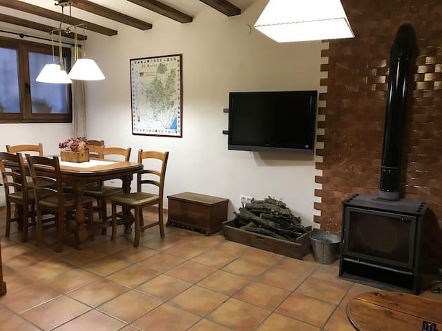 Casa de Baix, hogar acogedor cerca de Morella