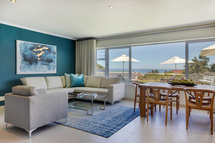 Luxury Camps Bay Home