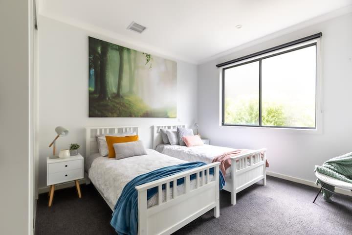 Bedroom 3 (ground floor)