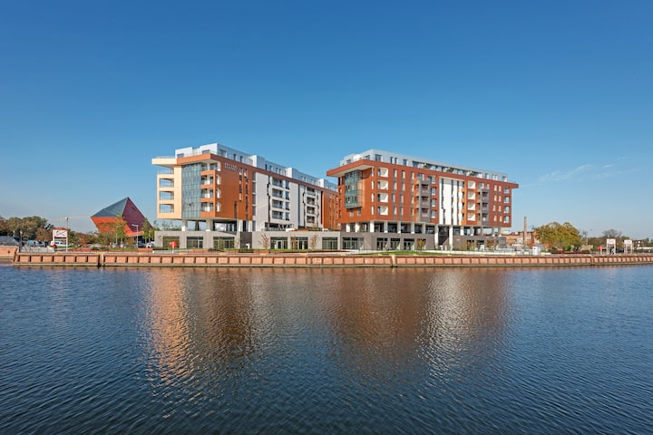 Apartinfo Deluxe Apartment with River view