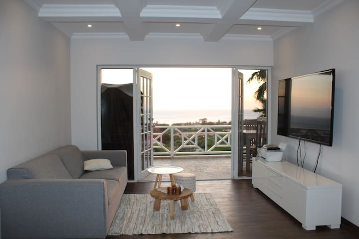 Piscadera Luxury Apartment with Ocean View