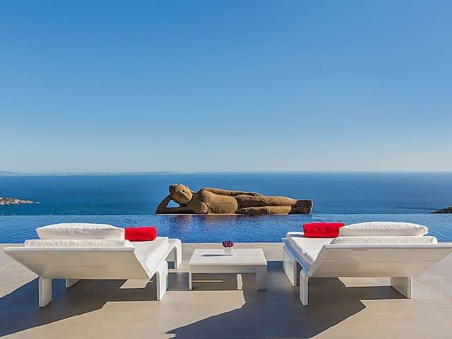 Luxury Buddha Villa in Ibiza with Infinity Pool