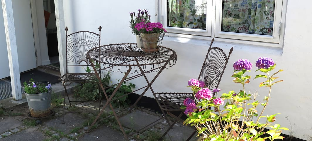 Your very own cosy cottage, private and quiet - Helsingør - Pensió