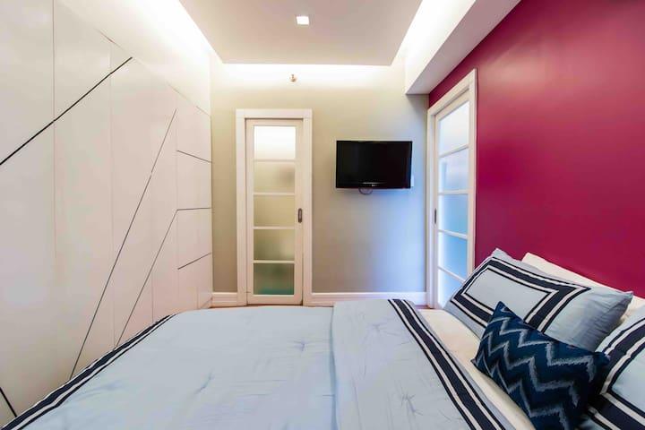 BGC Penthouse Suite