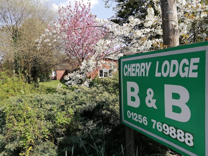 Cherry Lodge Guest Accommodation