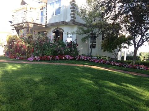 Garden View Casita