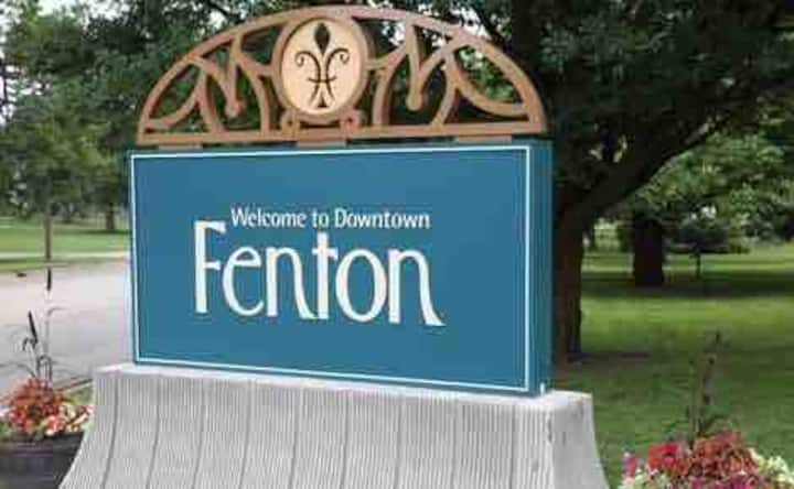 Home Away From Home Near Downtown Fenton