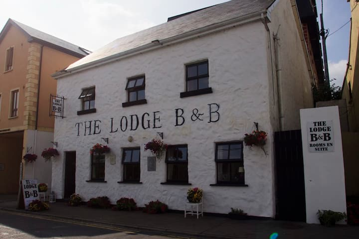 The Lodge B&B Clifden 1