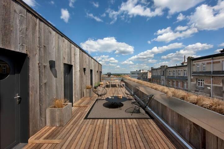 Design Studio 20m2 - Double large terrace - Ixelles - Daire