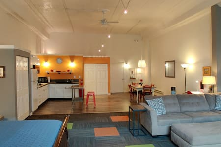 Spacious, Modern Loft Space in Downtown Winslow