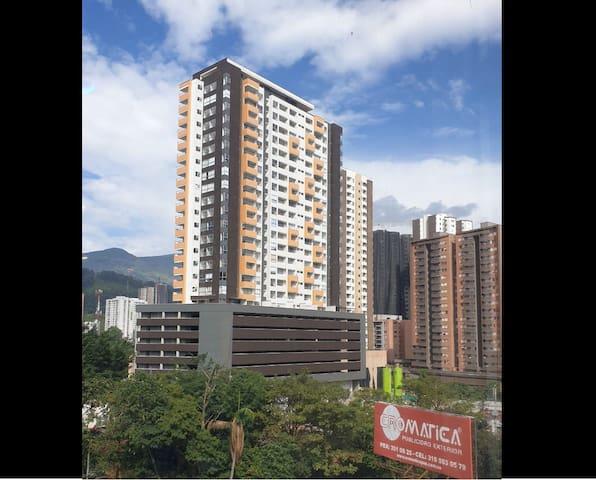 Hermoso, moderno y nuevo apartamento en Sabaneta