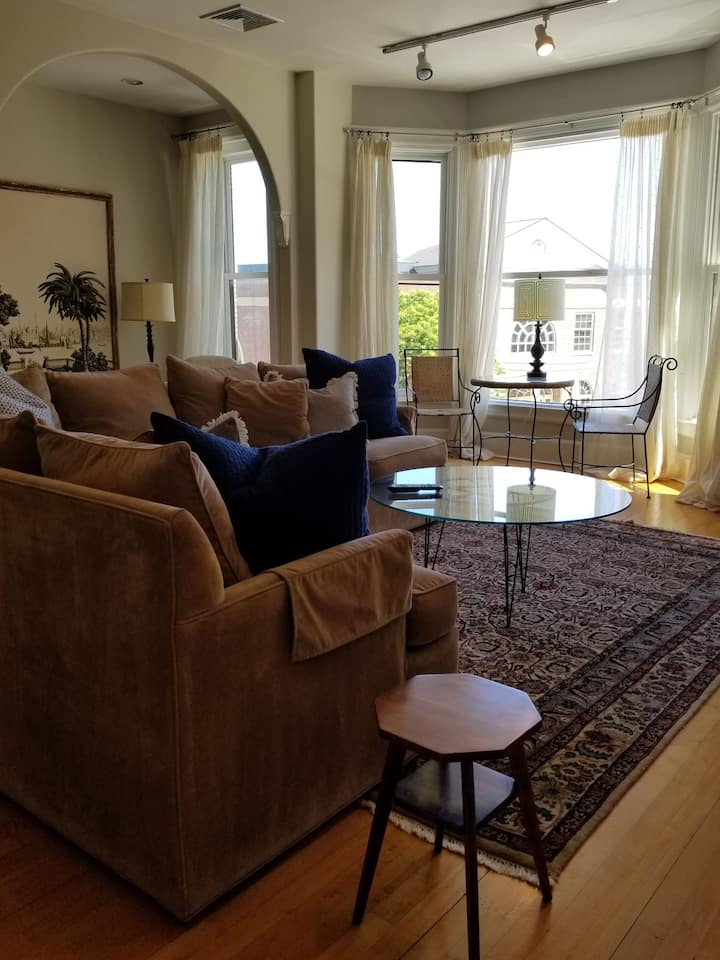 Beautiful Apartment in Downtown Camden, Maine