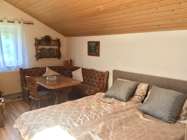 Bavarian holiday home - next to highway A94