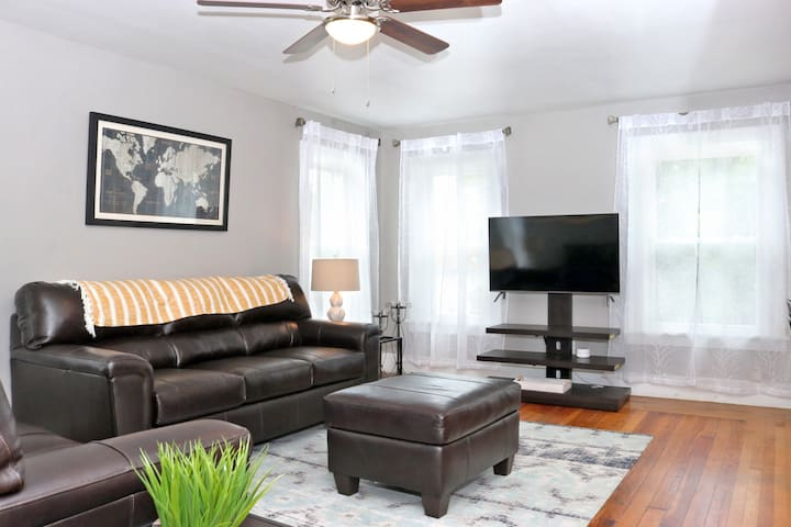 ★Your 2nd Home Away From Home l Prime location★