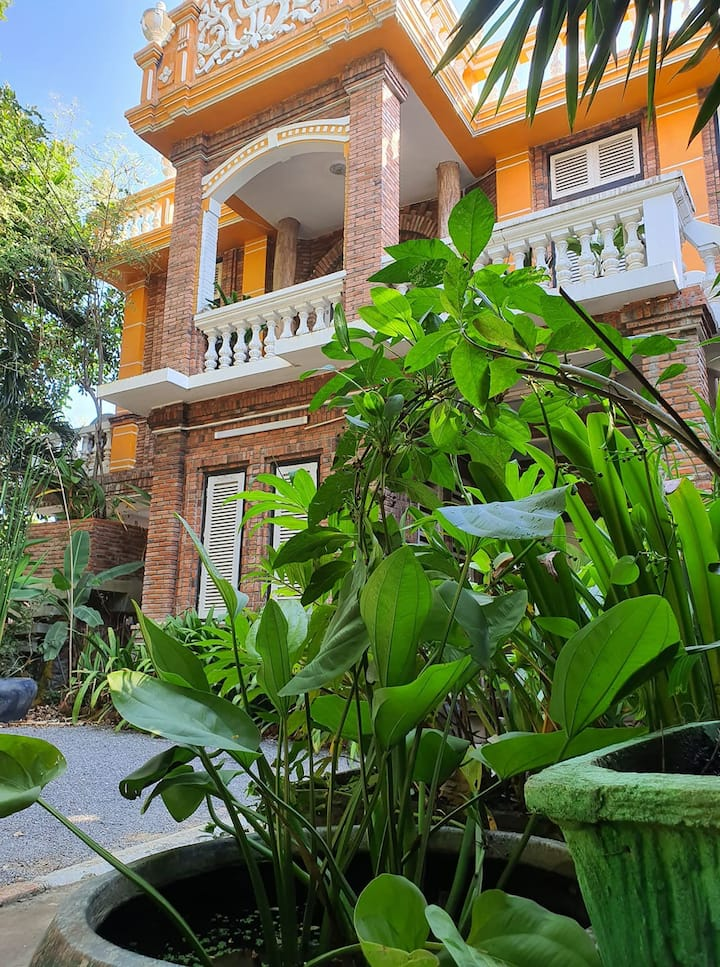 Brightness Villa,Private Home Stay+Breakfast( Det)