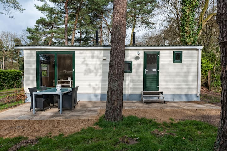 Familychalet in the woods. (4 persons) - Oisterwijk - Chalé