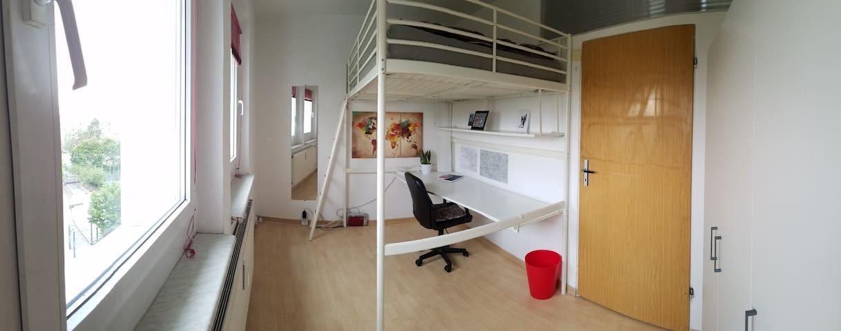 Cosy room in East Berlin