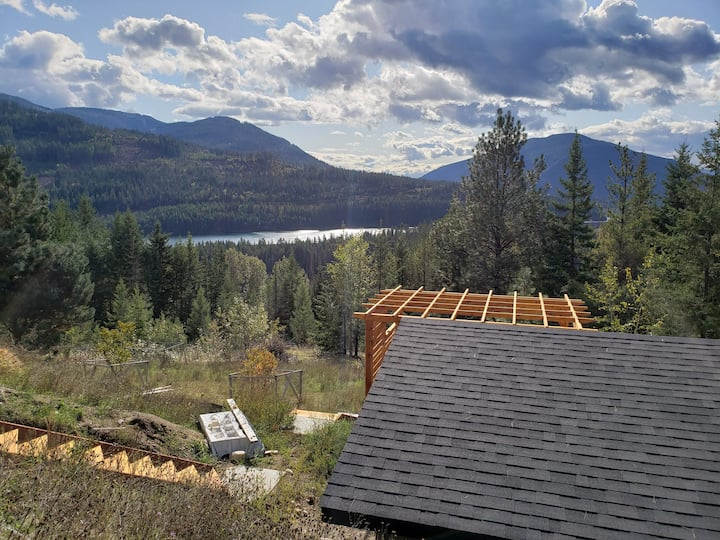 The Greenhouse Suite in the West Kootenays, BC