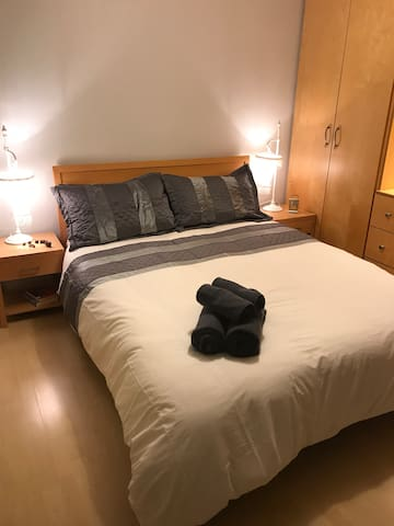 Cosy Double Room with large en-suite