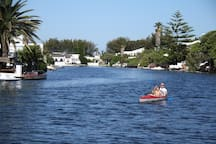 Access the scenic waterways of Marina da Gama through the backyard and take a paddle with our two canoes