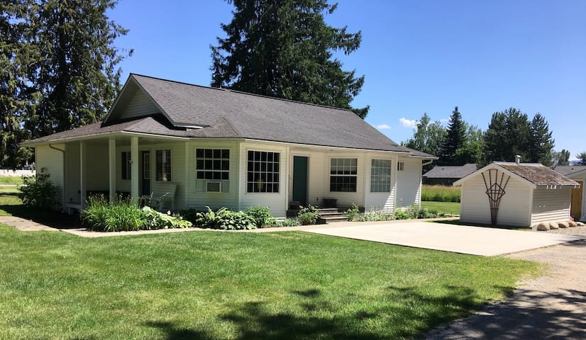 New! Unique 3 Bedroom Home on 3 Acres in Sandpoint