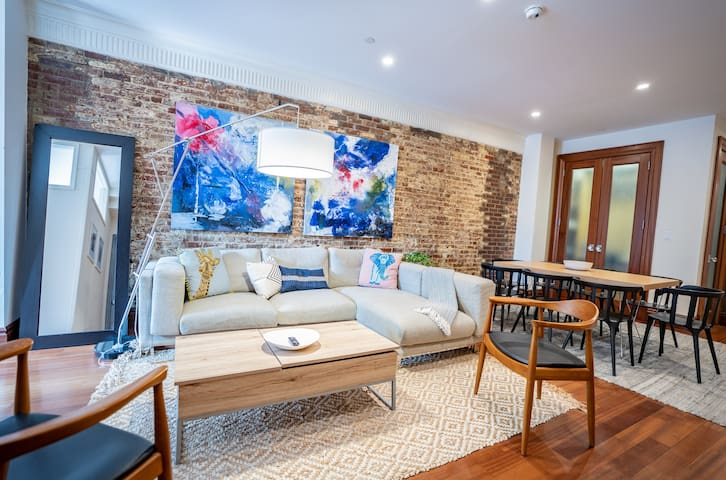 Artistic NEW LOFT 4 br/2 bath in Times Sq
