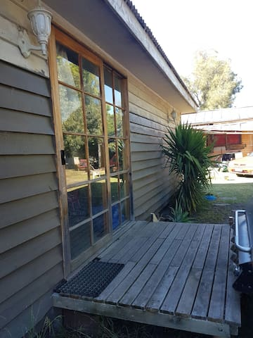Unit in backyard share bathroom. - Nagambie