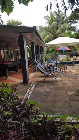 Dundee's stylish Tropical Oasis - Dundee Beach - Casa