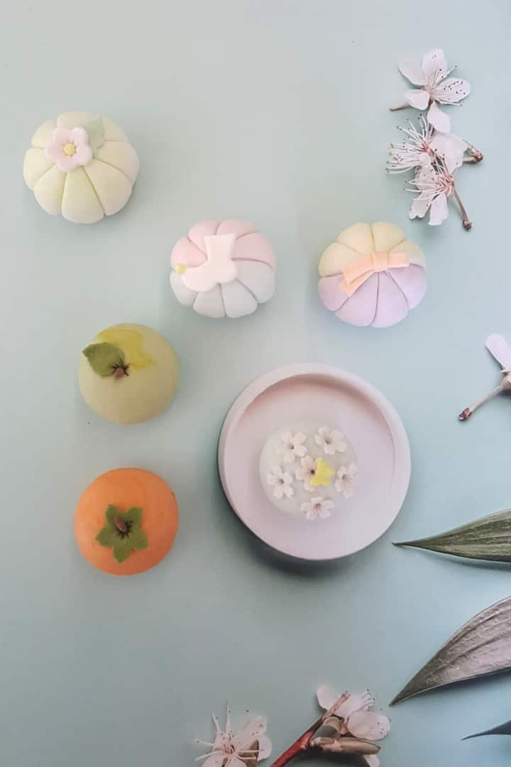 Beautiful Korean design rice cakes