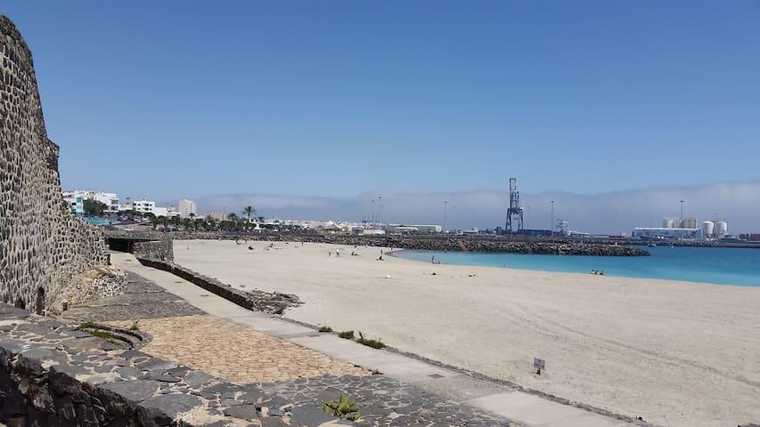 1A Apart. Centrico y ecónomico en Fuerteventura