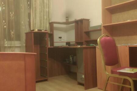Дом в прекрасном районе в г. Новошахтинск
