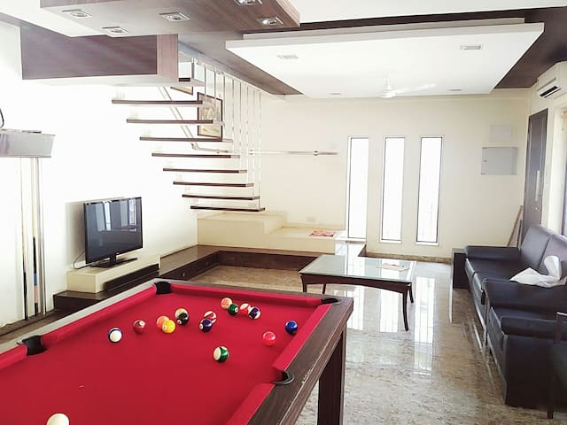 3bed BeachHouse with pool table - Mumbai - House
