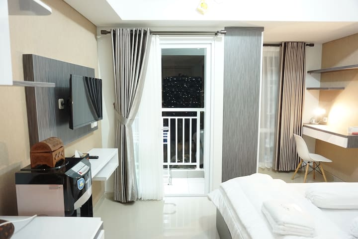 Studio Apartment 11th floor Taman Melati YK