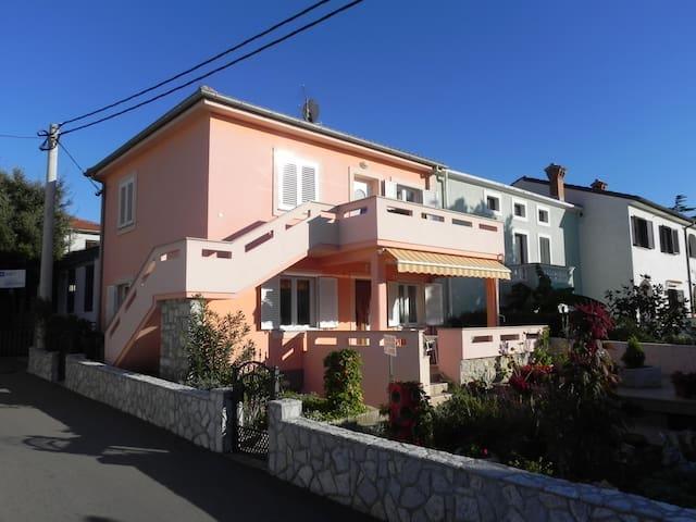 Apartman Mrakovčić - Punat - Apartamento