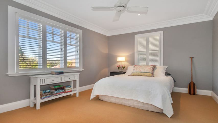 HARBOURSIDE DOUBLE (two bedrooms)