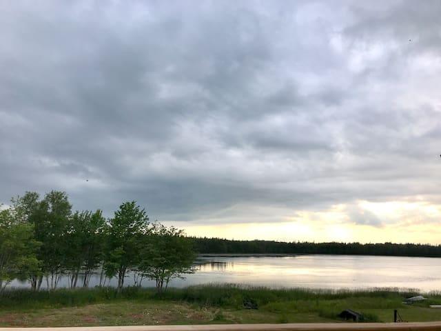 Private lake access -Lake Verde House