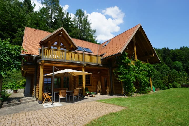 Cosy wooden house surounded by nature near Krvavec