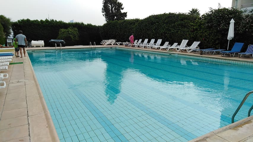 River Beach - Two bedroom apartment large terrace