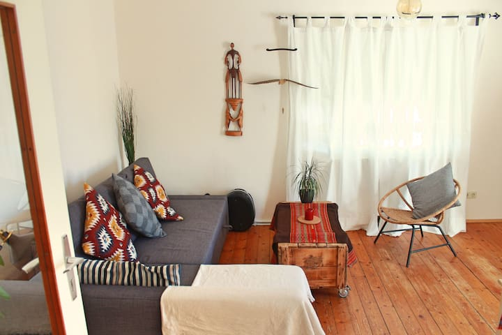 Mar & Benja's cozy family apartment