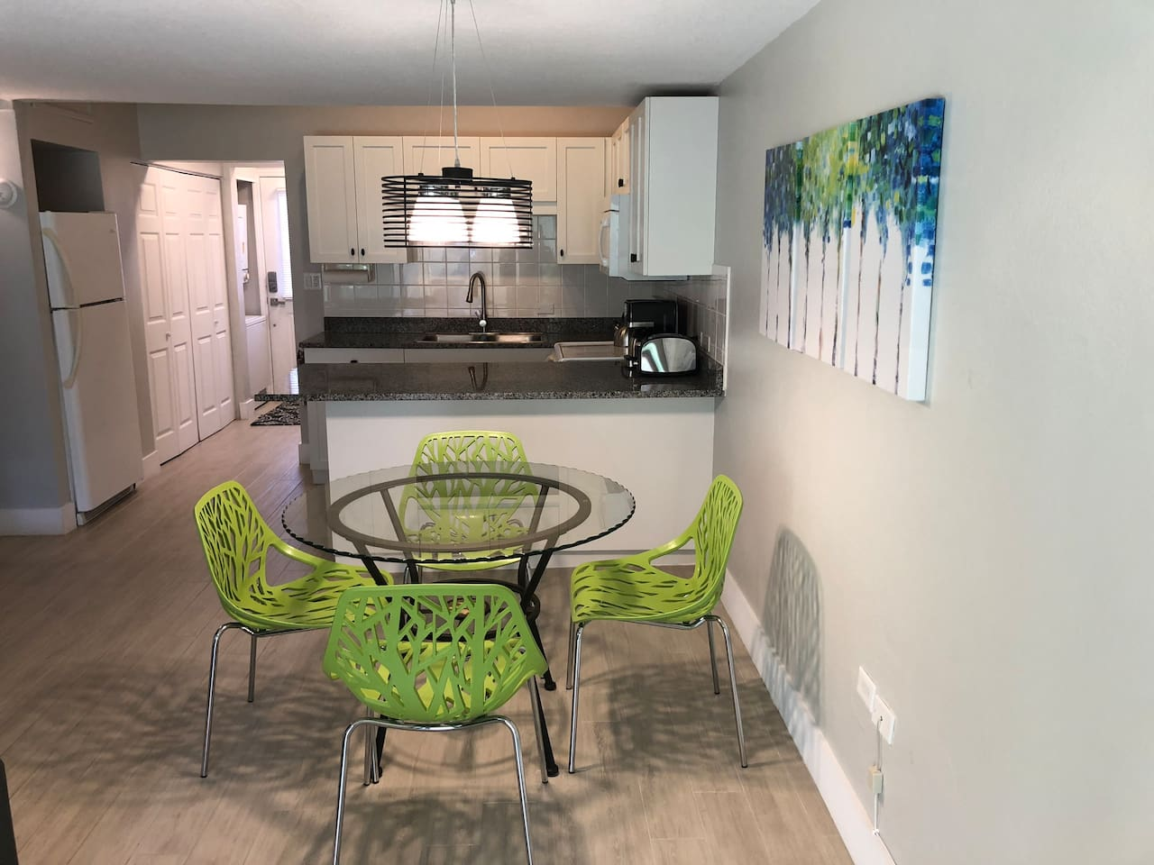 Renovated one bedroom unit