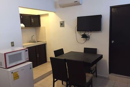 Loft Amueblado 3 cuadras de Ave Eugenio Garza Sada - Monterrey - Wohnung