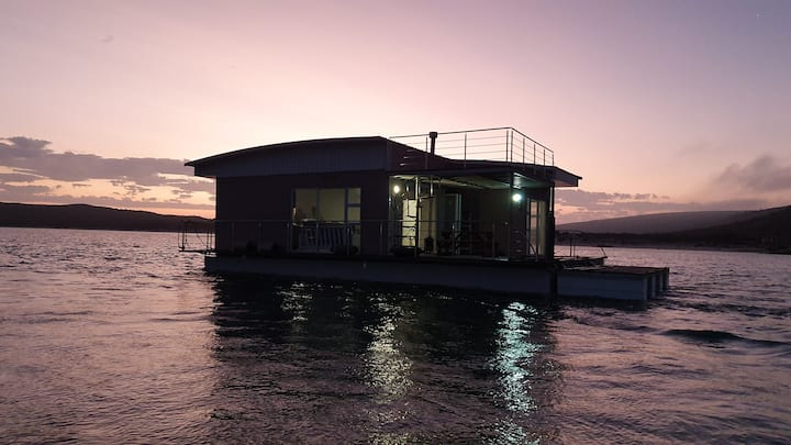 Kraalbaai Luxury House Boats Eve 8 Sleeper